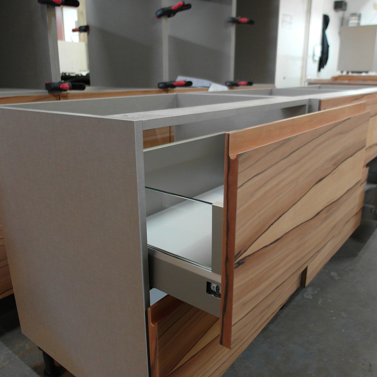 Bespoke kitchens birmingham get a free quote for Bespoke kitchens